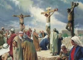 Стотици минаха под Христовата плащеница на Разпети петък
