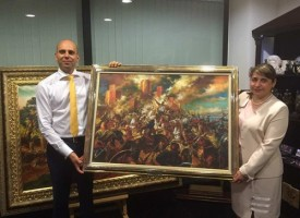 """На Светли вторник: Откриват благотворителен базар във фоайето на зала """"Маестро Георги Атанасов"""""""