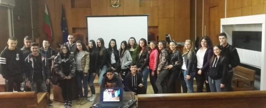 Съдия Димитър Чардаков с лекция за домашното насилие