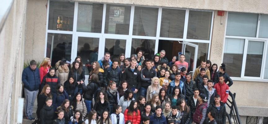 На изпит: 18 кандидати ще се борят за директорски места в 14 училища