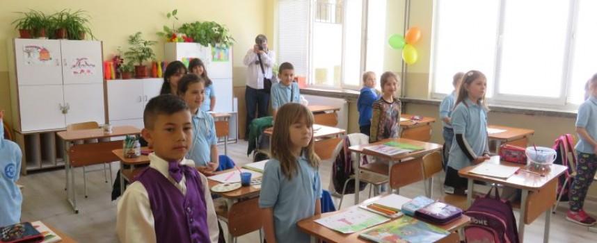 Правителството одобри 13 национални програми за развитие на образованието