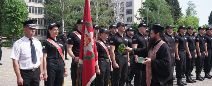 """56 стажанти от """"Гранична полиция"""" се заклеха днес в Пазарджик"""