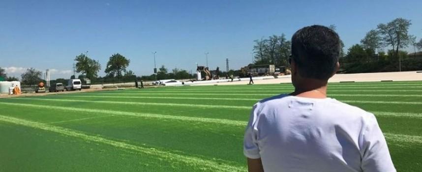 В четвъртък: Боби Михайлов идва за откриването на новото игрище