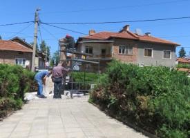 Брацигово се готви за празника, посреща го с паметник на майсторите строители