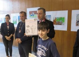"""Пазарджиклийче спечели годишна стипендия от конкурса """"Рицарят в мен"""""""