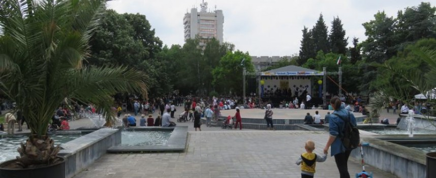 14 339 души гласуваха в областта до 10 часа, в Пазарджик – най-мудни