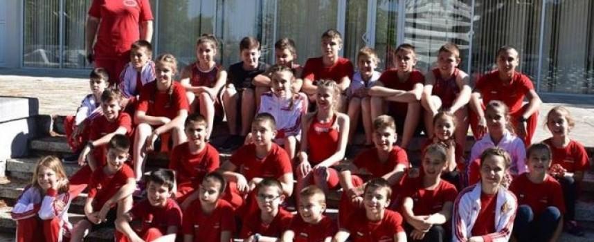 "СК ""Шампион"" отново топ отбор по триатлон в България"