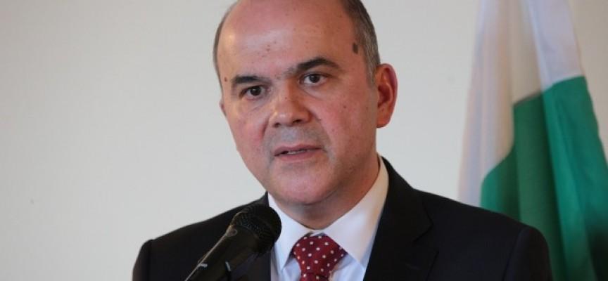 УТРЕ: Посрещаме социалния министър Бисер Петков и представител на УНИЦЕФ
