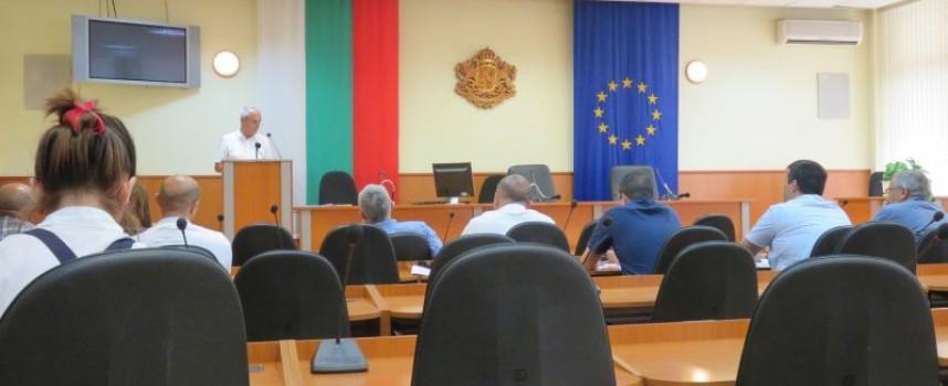 Общественото обсъждане на промените в наредбите касаещи паркирането мина с нулев граждански интерес
