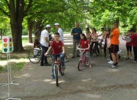 Пазарджик: С колело в центъра, може, но ако си до 12 години