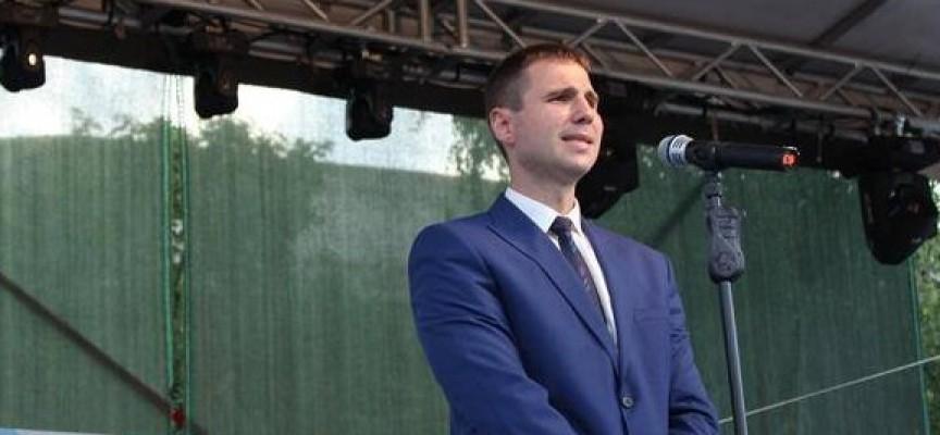 В събота: Областният управител бе гост на тържествата във Велинград, заместникът му в Ракитово