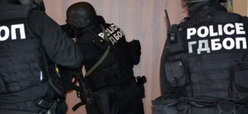 """ГДБОП предупреждава: Не купувайте от непознати сайтове в """"черния петък"""", често са капан за наивници"""
