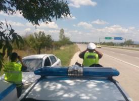 Пазарджиклия пробва неуспешно да подкупи пътни полицаи, карал без табели