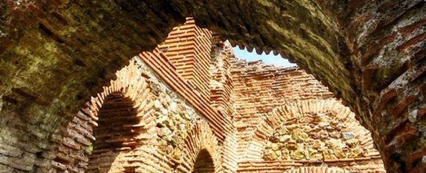 Съботни маршрути: Разгледайте базиликата на Левке, край Белово