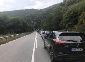 Катастрофа затвори временно дефилето за Велинград