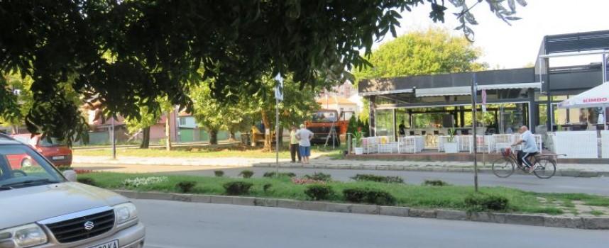 Започна подготовката за монтажа на паметника на Захари Стоянов