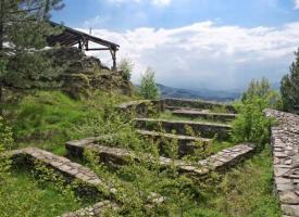 Съботни маршрути: Пет крепости бранили областта през Средновековието, ето кои са те