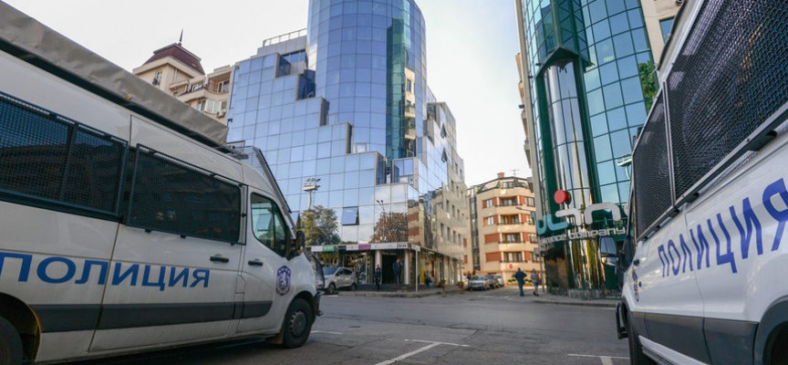 """Спецпрокуратурата влезе и във """"Винпром Карнобат"""""""