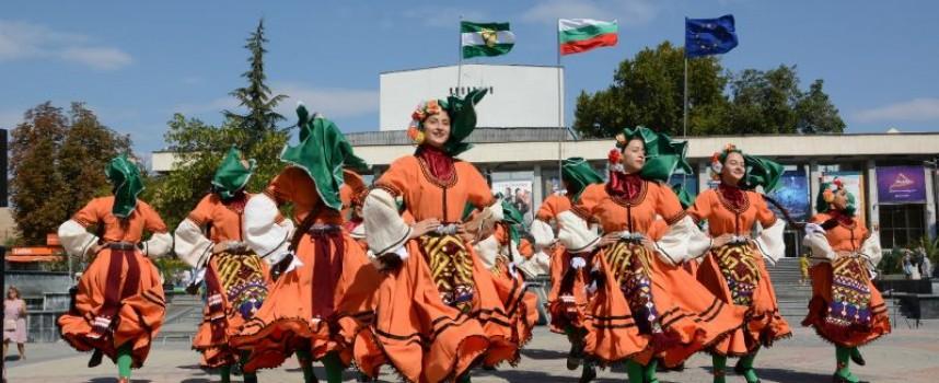 Пазарджиклии се насладиха на невероятен концерт, от големците – само кметът, замовете на областния и един депутат
