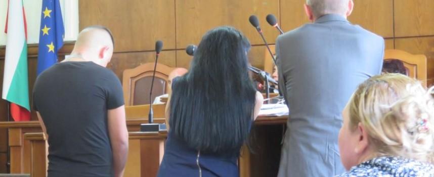 Пловдивският апелативен съд намали присъдата на Олег Чавдаров, затрил в катастрофа жена си и приятел от детинство