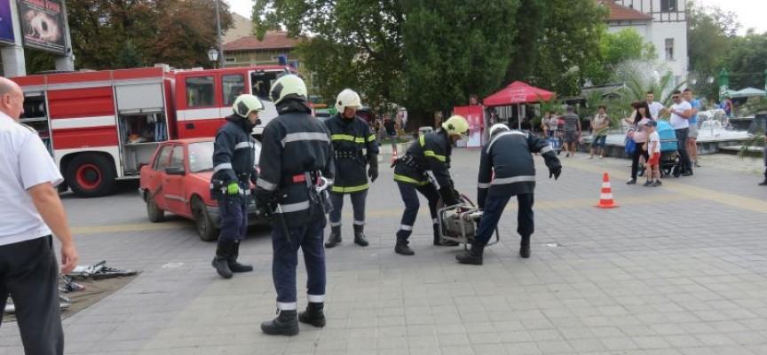 """Днес и утре: Пожарникари мерят сили на стадион """"Пловдив"""""""