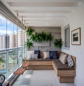 27остъклен балкон-детски кът