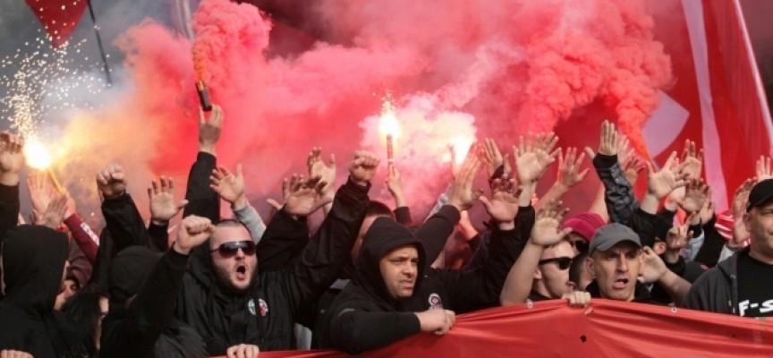 """Агитки на """"Левски"""" и ЦСКА превземат утре магистралата, стадионът ще отвори в 15.30 ч."""