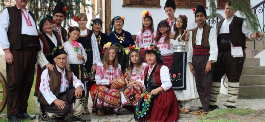 Етнофестивалът в Стрелча мина, вижте кои бяха най-добрите