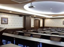 """Бизнес и кметове уважиха срещата на червени депутати за """"Визия за България"""""""