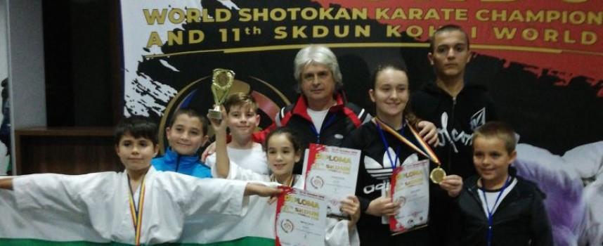 """Каратеките на СК """"Тонус спорт"""" с отлично представяне в Кишинев"""