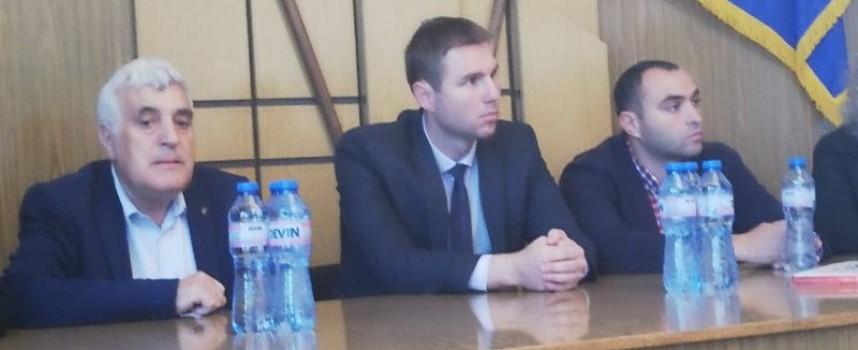 За нова граница между Батак и Ракитово настояват ракитовци пред областния управител