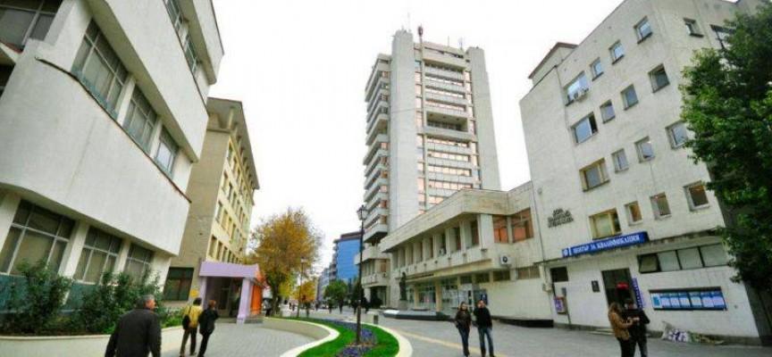 """Седем кандидат-кметове щурмуват високата бяла сграда на бул. """"България""""2 в Пазарджик"""
