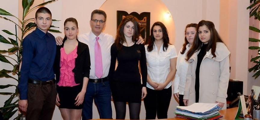 На 30 октомври: Мария-Николина Гюрова ще бъде кмет на Пазарджик  за един ден