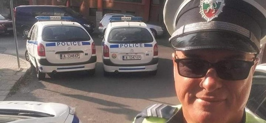 """Пазарджик: Служител на """"Пътна полиция"""" помогнал днес при инцидента на кръговото до """"Елбрус"""""""