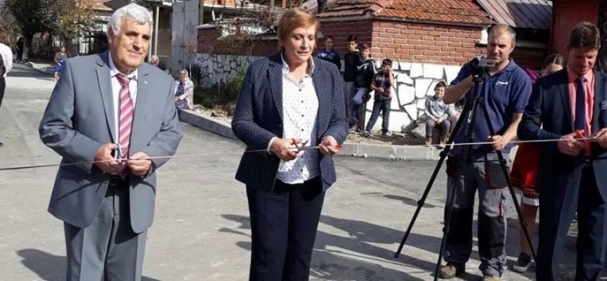 """Костандово: Откриха първи етап от асфалтираната улица"""" Мел"""" , предстои ремонт и на ул.""""Чепинец"""""""