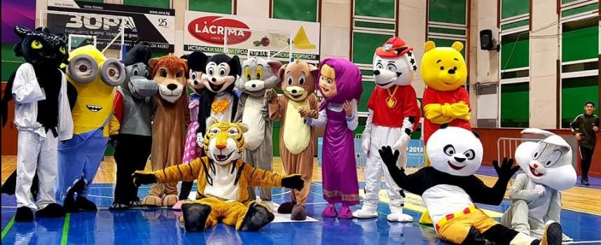 """Децата на Пазарджик станаха част от ,,Мисия спорт на любимите герои!"""""""