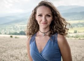 """Нашата Александра Пенова спечели първия си двубой във """"Фермата"""""""