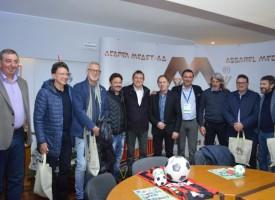 """Звездният отбор на Италия се срещна с работещи в """"Асарел-Медет""""АД"""