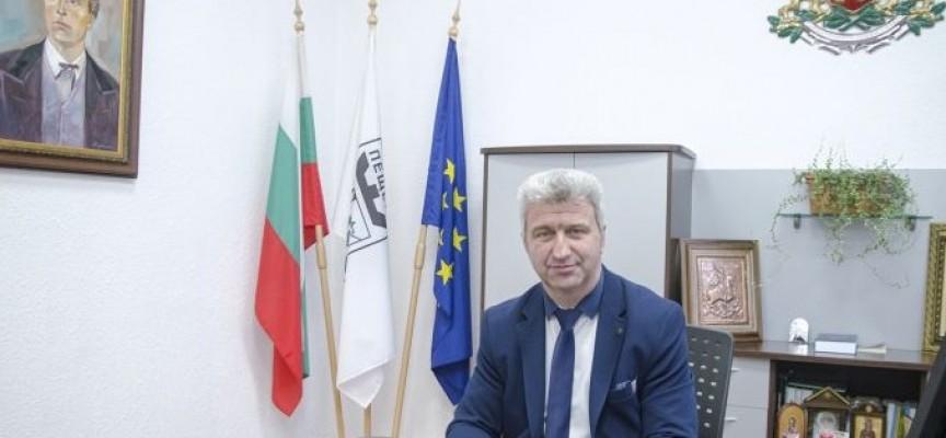 Николай Зайчев ще проведе среща в БДЖ за запазване на разписанието на влаковете от Пловдив до Пещера