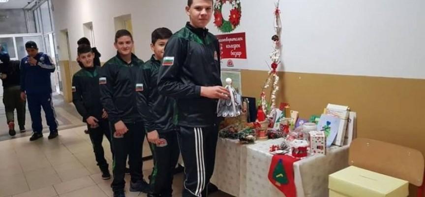 Преди Рождество: Базар за двегодишния Митко Ганев в Спортното училище