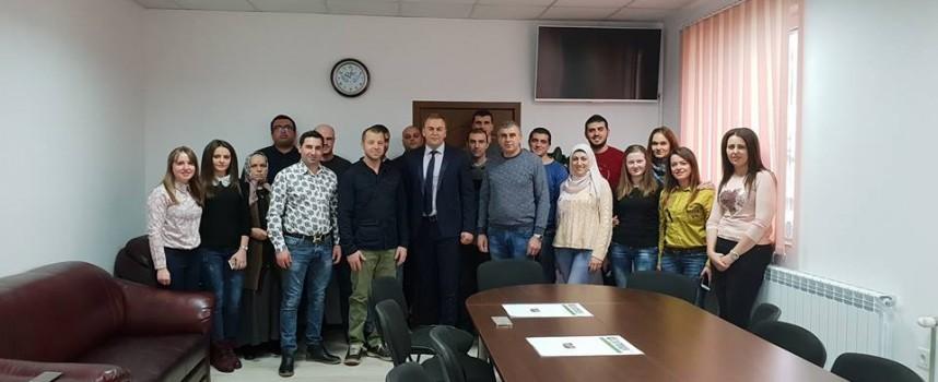 """Нури от """"Фермата"""" се срещна с кмета на Сърница"""