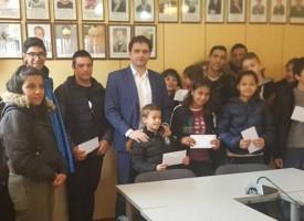 """9120 лева събра """"Стрелчанската Коледа"""" и зарадва 19 деца и младежи"""