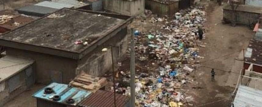 """Ромският квартал """"Изток"""" бавно, но уверено пълзи към Пловдив"""