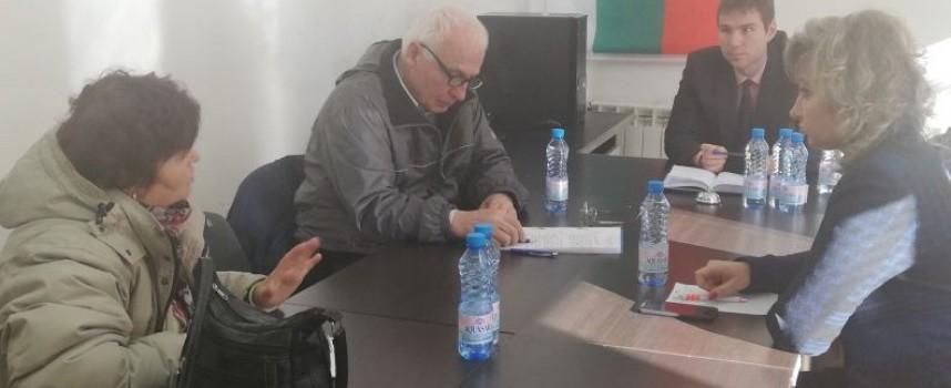 Областният управител проведе приемен ден в община Лесичово