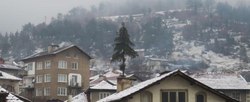 Слабо земетресение люшна Велинград снощи