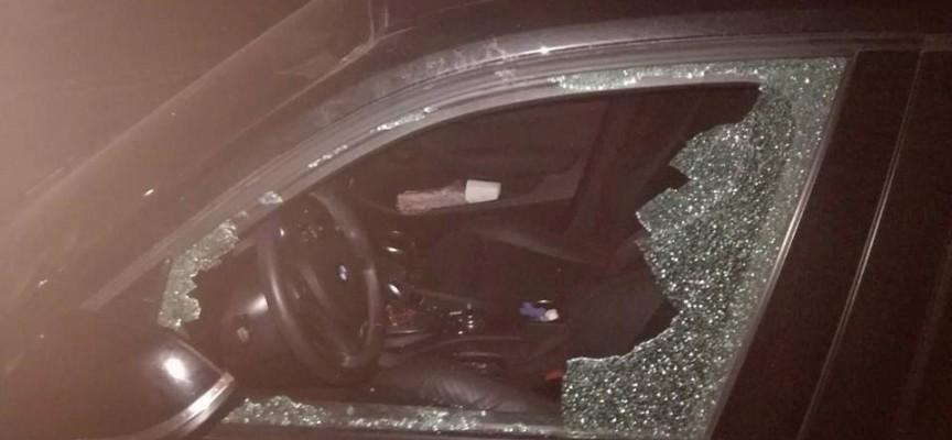 Вандал счупи стъклото на личния автомобил на Ренета Камберова