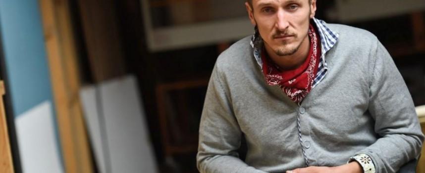 """На 1 март: """"Истински лъжи"""" с премиера на сцената на ДКТ """"К.Величков"""", порой от звезди ни залива през месеца"""