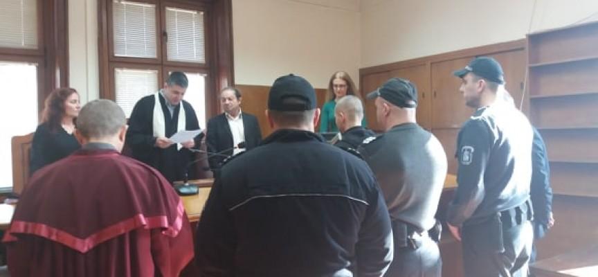 Две години условно за посредник на телефонни измами