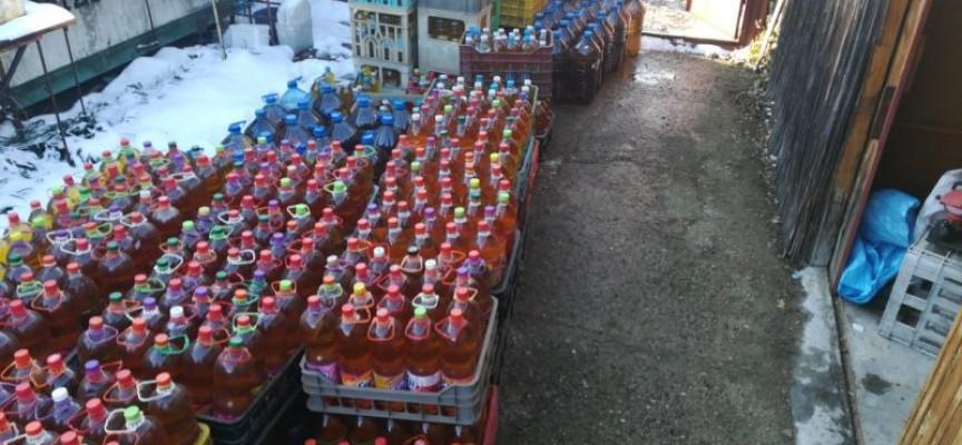 Нелегални: Откриха 150 литра алкохол и гориво в Црънча, 1000 саморъчно свити папироси в Пазарджик