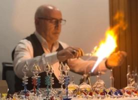 """Майстор – стъклар от Турция ще представи техника """"Ръчно духано стъкло"""" в Средно училище """"Георги Брегов"""" Пазарджик"""